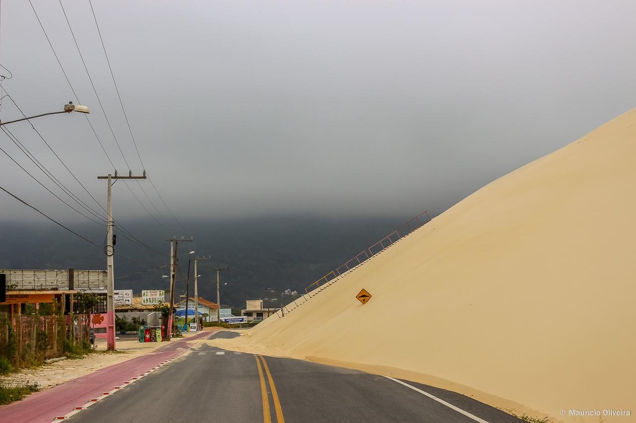 Areia na estrada: A espera de uma tragédia!